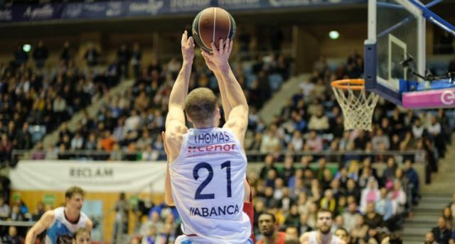 Matt Thomas Valencia basket