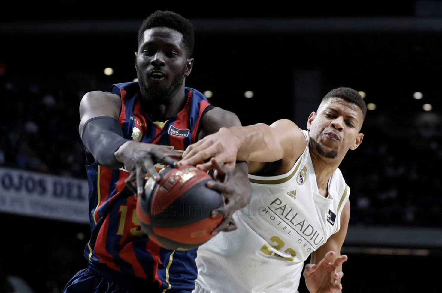 Fall Tavares ACB baskonia Real Madrid