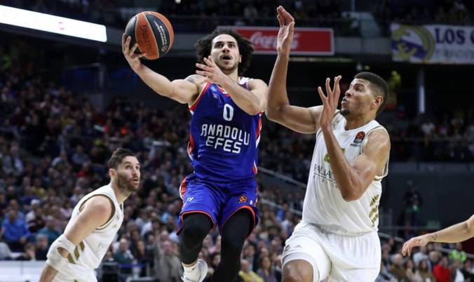 Larkin Tavares Euroleague